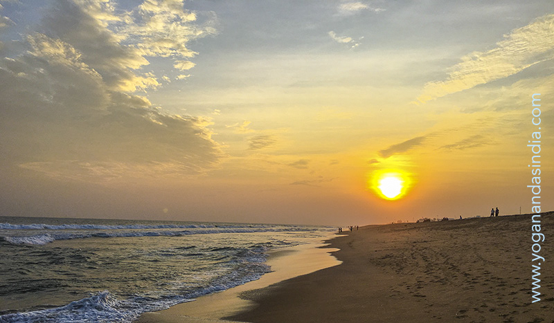 When in residence at his seaside hermitage Sri Yukteswarji Maharaj used to take a walk on the beach every morning after his meditation, the expansive views on the Bay of Bengal in perfect resonance with his oneness consciousness.