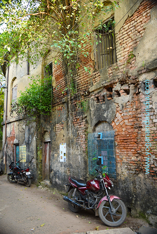 Where Yogananda rented a room and lived for most of the time he attended college in Serampore.